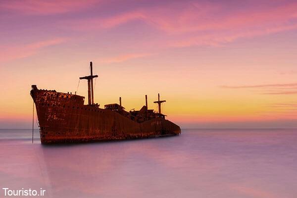 کشتی یونانی جزیره کیش