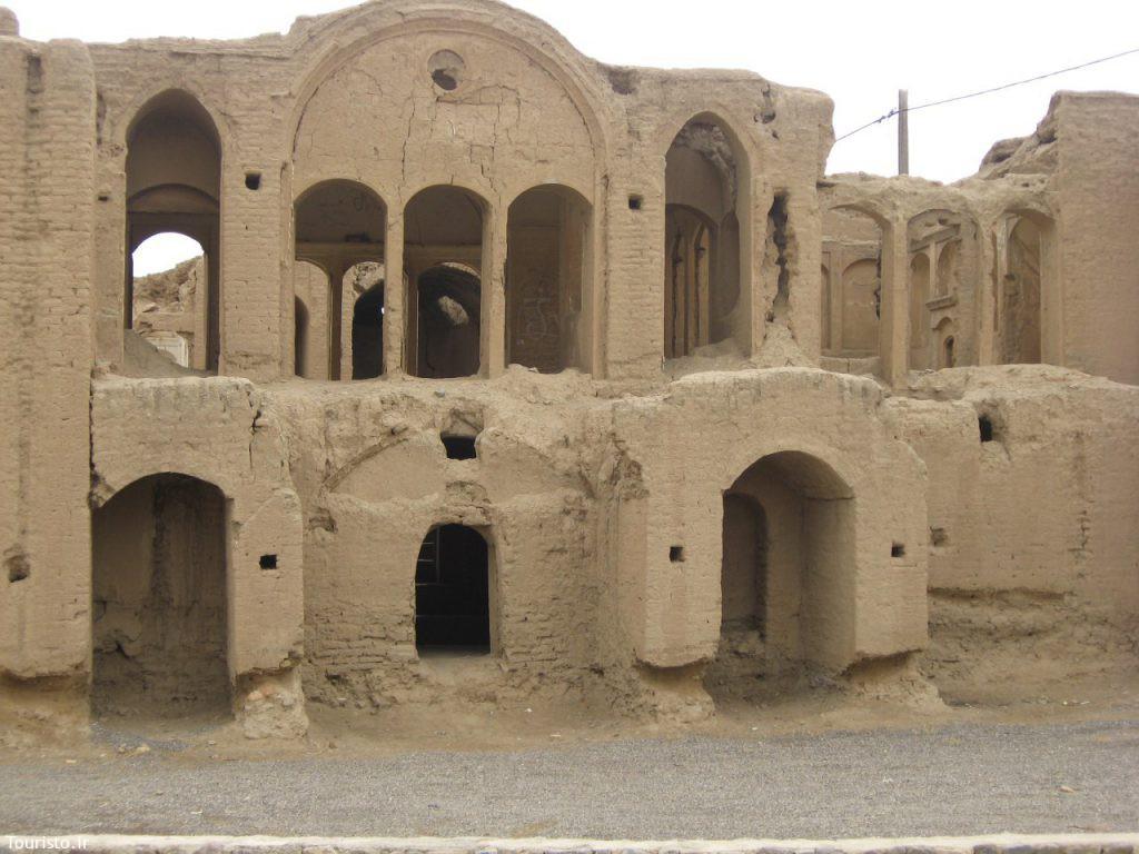 خانه آقا گل یکی از بناهای تاریخی نطنز